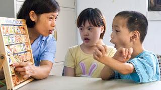 Dạy trẻ khuyết tật chậm nói