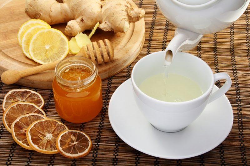 Chữa viêm họng nổi hạt bằng trà chanh mật ong