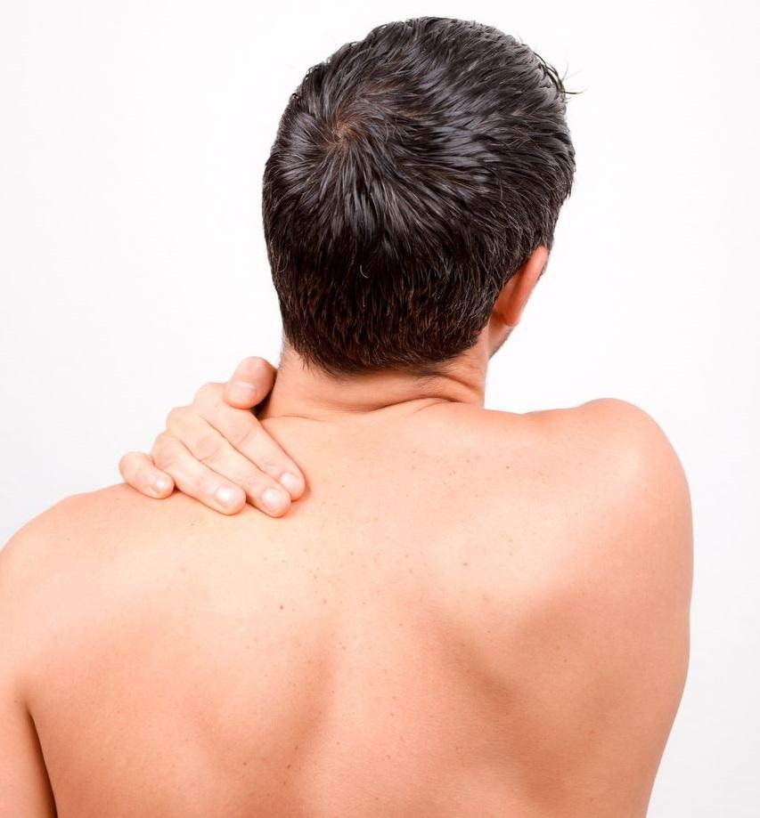 Các bệnh lý về xương khớp là nguyên nhân gây nên chứng đau cổ vai gáy