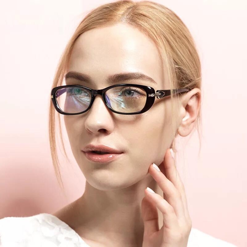 Đeo kính cận để cải thiện thị lực