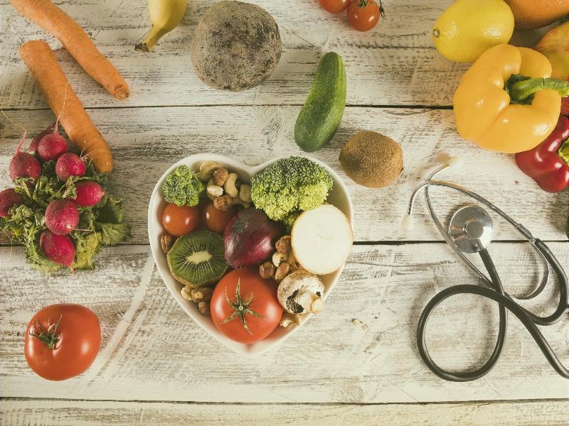 Vitamin C là một trong dưỡng chất cần thiết cho sự phát triển của bé