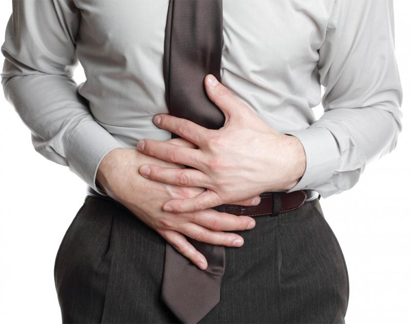 Chứng bệnh viêm dạ dày làm người mắc phải đau ở vị trí trên rốn